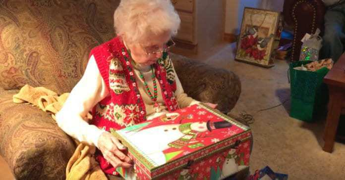 Elderly Lady's Heart-warming Response To Receiving A Cat