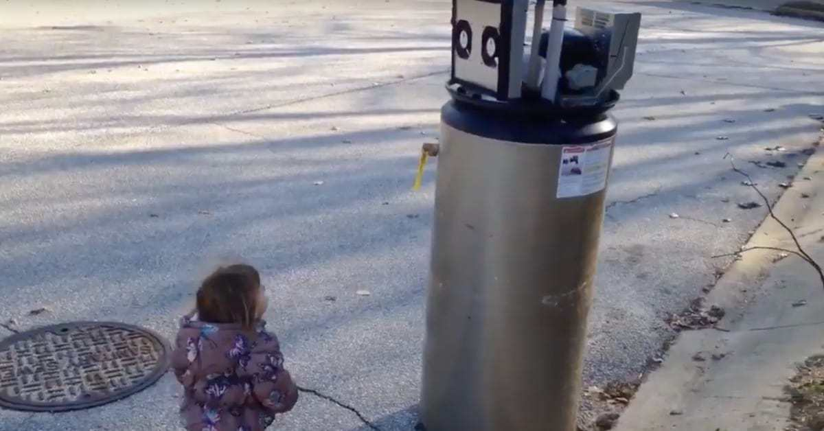 Little Girl Adorably Mistakes Water Heater For A Robot