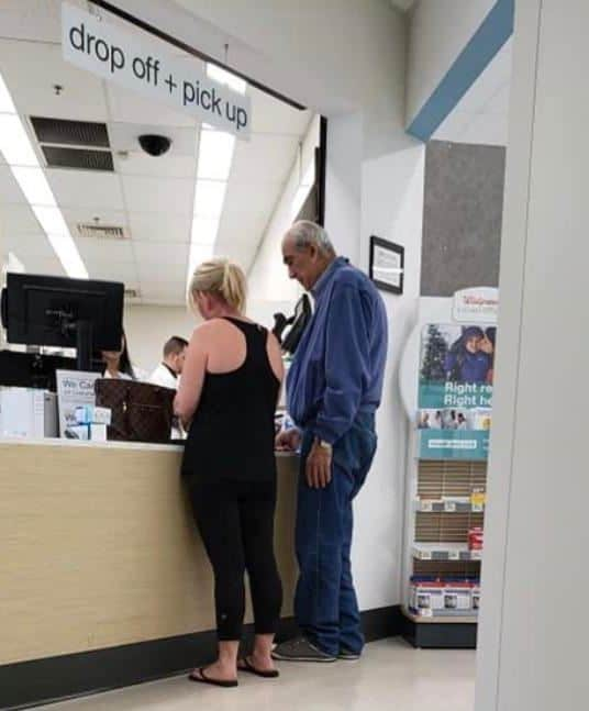 anonymous woman pays for man's medicine in kind act at Walgreen's