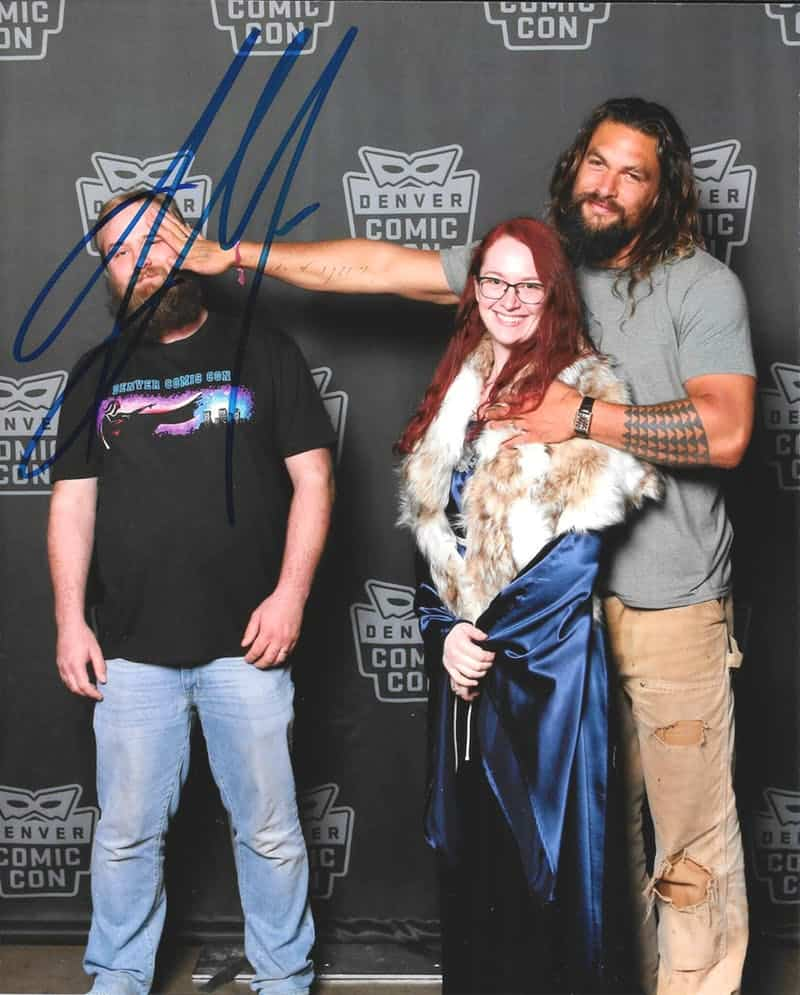 Jason Momoa takes hilarious photos with fan