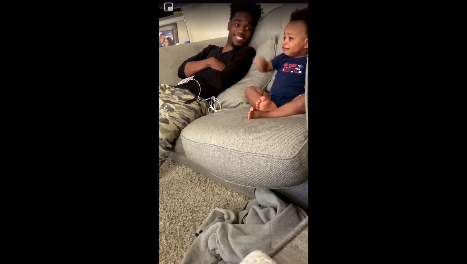 baby conversation with dad